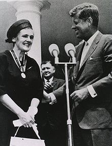 Dr. Frances Kelsey.   (Photo from Wikipedia article you should have already linked to and read.)